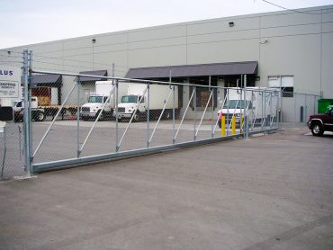 Trucking-&-Transportation---Cantilever-Gate----Advanced-Entry-Systems